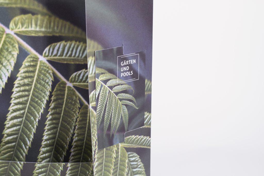 Tanner Druck AG, Mappe Gärten und Pools mit Visitenkarte